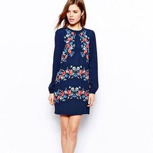 Warehouse Long-Sleeve Floral Shift Dress